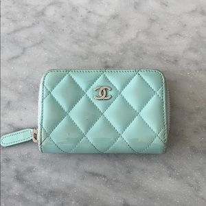 CHANEL credit card zip around small wallet